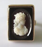 9ct Gold Ring - 9ct Yellow Gold Onyx Cameo Shell Ring Size L 1/2