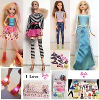 Barbie Kombi Große Set - 5 Stc . Puppen Schuhe Kleider Sofa etc