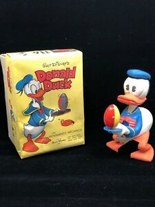 Wind-up toy Donald Duck Disney Officially Licensed made in 1965 MINT NEW Vintage