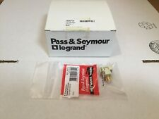 PASS & SEYMOUR RFCINT-I F-CONNECTOR RECESSED SELF TERMINATING BOX OF (10)