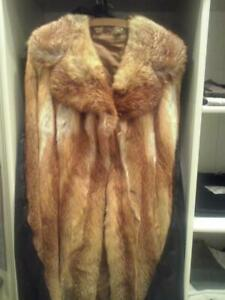 Ein Rotfuchs Mantel / Pelzmantel