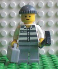 Neue Lego Minifigur Häftling mit Koffer und Hammer (9247-3)  700