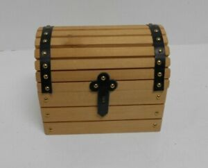 Small Wooden Chest with Leather Straps and Studs E8