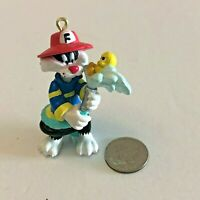 Sylvester & Tweety Bird Looney Tunes Christmas Ornament Fireman With Hose Vtg.