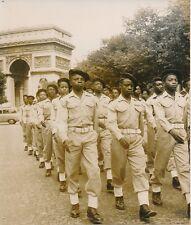PARIS 1955 - Enfants de Troupe de l'A.O.F Revue Défilé du 14 Juillet - PR 717