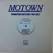 TEMPTATIONS - GIVE LOVE AT CHRISTMAS - MOTOWN LP - WHITE LABEL PROMO - 8 TRACKS