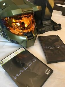 Halo 3 legendary edition master chief helmet Xbox 360 Includes Stand, Game, Etc