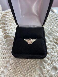 Vintage 14k White Gold Diamond Ring Size 6 1/2! 1.9grams Diamond Is Pretty!
