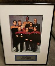 """Star Trek voyager""""The Crew U.S.S Voyager """" limited edition picture"""