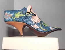 Just The Right Shoe New Versersailles 25021 Miniature Collectables