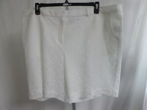 Women's Worthington White Lace Lined Dress Shorts Size 24W  NWT