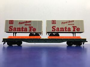 "HO Scale ""AT&SF 90806"" Freight Train Flat Train W/ 2 ""Santa Fe"" Trailers. 4/5"
