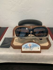 Maui Jim 'LAGOON' MJ189-02 Black Frame w/ Gray Lens + Case 'EXCELLENT'