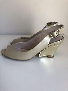 Django & Juliette Exclamation Patent Leather Heels Beige Wedge Gold Peep Size 40