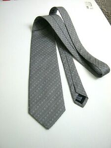NEW CLASSIC New 100% Silk Original Made IN Italy