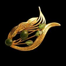 Vintage Elegant Jade Stones Brooch Pin Open Swirl Leaves Floral Gold Plated