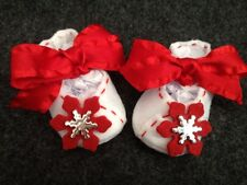 White & Red Mary Jane Infant Christmas Shoes w/ Red Snowflake.