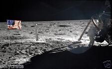 Photo Nasa Apollo 11 Neil Armstrong sur la Lune 1969 drapeau des Etats-Unis