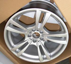 """BMW E70 X5 M E71 E72 X6 M OEM 20"""" M Double Spoke 299 Wheel Set Brand New"""