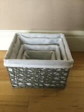 **SET OF 4 GREY LINED WICKER BASKETS**