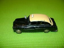 DINKY TOYS FORD VEDETTE TAXI REF 24XT