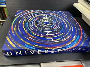 B62 UNIVERSE - exploring the astronimical world - libro in inglese