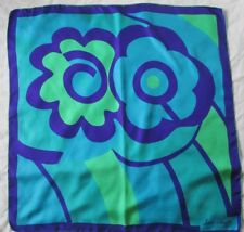 Joli foulard  JEAN DESSES en soie vintage scarf  80 cm x 80 cm