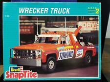 Vintage Revell Wrecker Truck Snap-Tite 1/25 Scale Model Kit  #6393 (Lot 35)