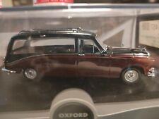 Daimler Black/Carlet Hearse 1:43 (069)