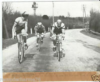 1950 PHOTO PRESSE CYCLISME CRITERIUM DUPONT LAPEBIE PIOT POURSUITE DE BARBOTIN