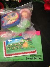 DecoPac STRAWBERRY SHORTCAKE SWEET BERRIES CAKE TOPPER DECORATING KIT B-DAY NEW