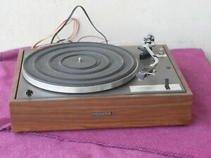 ++ TURNTABLE    Pioneer PL   10  & Ortofon  cartridge   ++