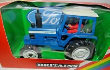 W. Britain's Farm Vehicles - Ford TW-20 Tractor - 1.32 Display & Boxed 9523