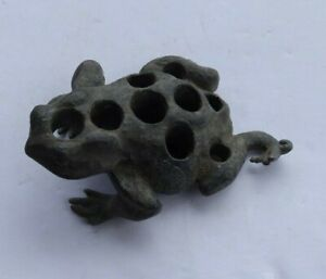 """RARE Vintage Antique 4.5"""" Cast Iron Flower Frog Toad Figurine Heavy Mappin LOOK"""