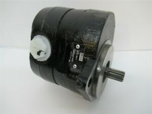John Deere AT317811, Hydraulic Fan Drive Pump - OEM - Made in USA