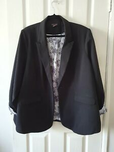 NEW City Chic Black and White Floral Lining Blazer Jacket Size XXL