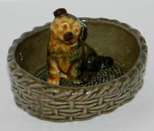 WADE WHIMSIES - PUPPY IN A BASKET PIN DISH/TRAY - EXCELLENT CONDITION