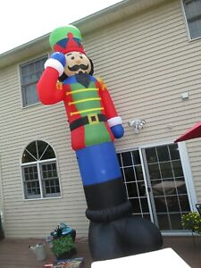 Christmas Nutcracker Airblown Inflatable 16 ft Lighted Holiday Living NIB (F482)