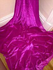 """5 M in Velluto Rosa Caldo/tessuto in velluto... 58"""" larghezza £ 22.50 OFFERTA SPECIALE"""