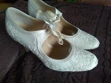 """Wedding shoes Lace Embroidery 3"""" Heel  Hassall"""