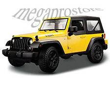 Maisto 2014 Jeep Wrangler Willys 1:18 Diecast Model Car Yellow