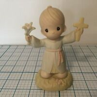 "Enesco PRECIOUS MOMENTS Figurine: ""HALLELUJAH FORMTHE CROSS""    no box"