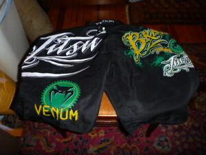 Venum Brazilian Jiu Jitsu Shorts Mens 33 Med. Black Green MMA UFC