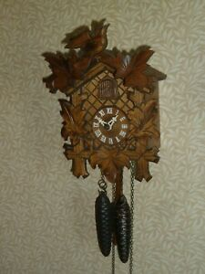 Vintage Weight Driven Black Forest Cuckoo Clock - good working order