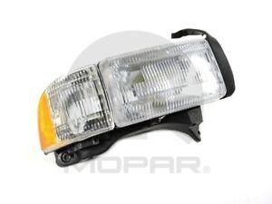 Headlight Combination Assembly Right Mopar V7106748AA