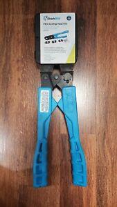 """SharkBite 865896 PEX Crimp Ring Tool Kit Model # 24693Z 3/8"""", 1/2"""", 1"""""""