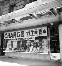 PARIS c. 1950 - Bureau de Change Bd de Montparnasse - Négatif 6 x 6 - N6 P139