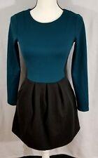 Pretty Little Liars by Aeropostle Dress XS Black Green Long Sleeve Pockets Nice