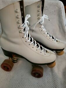 Vintage Womens Betty Lytle white Roller Skates Chicago Wheels Fo-Mac 77h Size 8