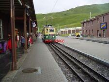 PHOTO  SWITZERLAND KL. SCHEIDEGG WAB TRAM NO 60 view 2